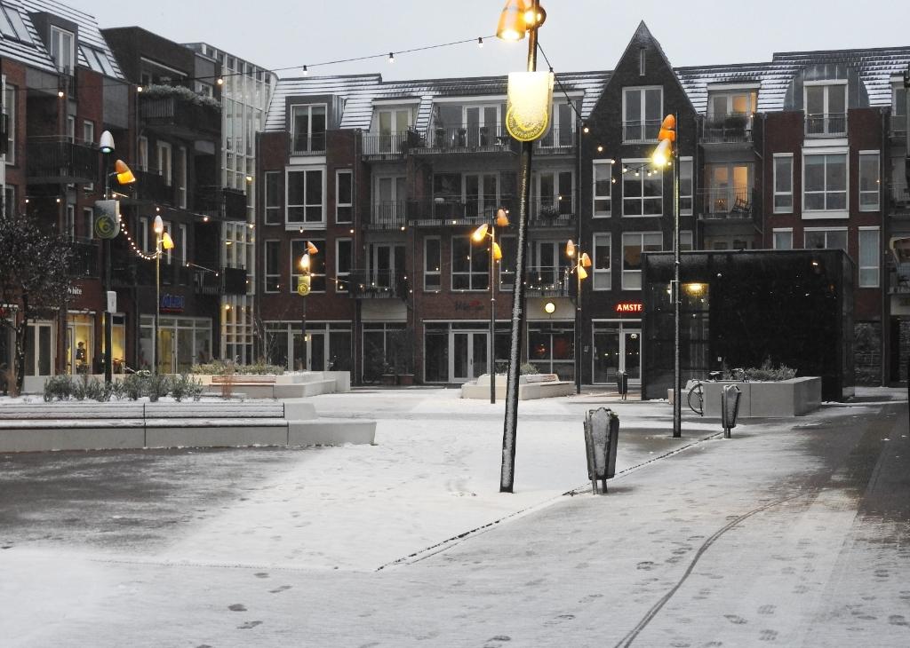<p>Nieuwe Bakkerspleintje gedoopt door de sneeuw </p> <p>(Foto: AT)</p> © rodi