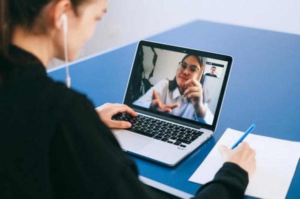 <p>De digitale cursus is bedoeld voor iedereen die meer wil weten over de gemeente. </p> (Foto: Pexels.com) © rodi