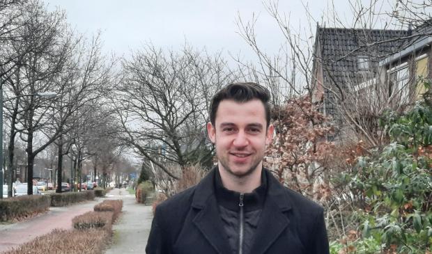 """<p pstyle=""""ONDERSCHRIFT""""><strong>Roman van der Lee was 18 jaar, toen hij in 2018 gemeenteraadslid werd in Heiloo, voor D&rsquo;66 </strong></p>"""