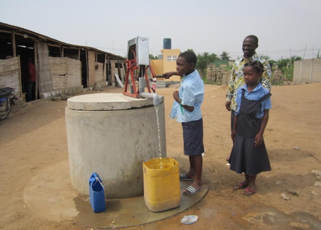 <p>Naast waterputten is ook een school gerealiseerd waar dagelijks ruim 150 kinderen speciaal onderwijs en medische verzorging krijgen. De school is gebouwd met veel financi&euml;le hulp vanuit Assendelft.&nbsp;</p> <p>(Foto: aangeleverd)</p> © rodi