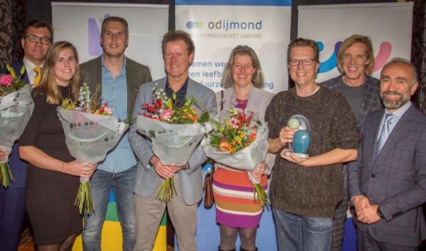 <p>Genomineerden en winnaar De Noord-Hollandse Bier Brouwerij uit Uitgeest, met geheel rechts wethouder Haydar Erol van Beverwijk.</p>