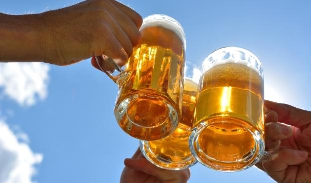 <p>Bierverkoop met 14% gedaald; daling bierverkoop horeca 58%.</p>