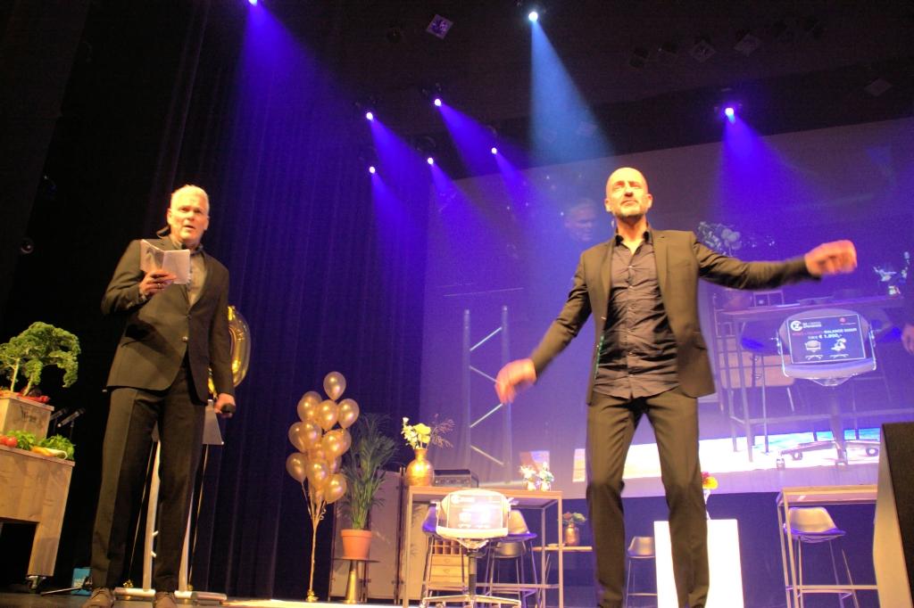 Rob Urgert en Joep van Deudekom gaan in de reprise als presentatoren.  (Archieffoto: Dirk Karten) © rodi