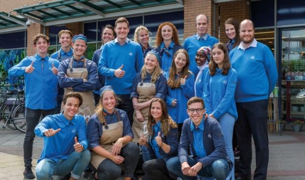 """<p pstyle=""""PLAT"""">Het winkelteam van Albert Heijn Aagje Dekenplein.&nbsp;</p>"""