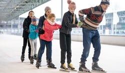 Winterseizoen ijsbaan start weer