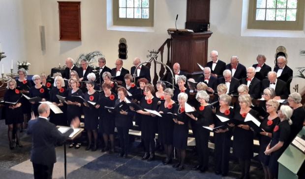 <p>Gemengd koor De Vredenburgers uit limmen.</p>
