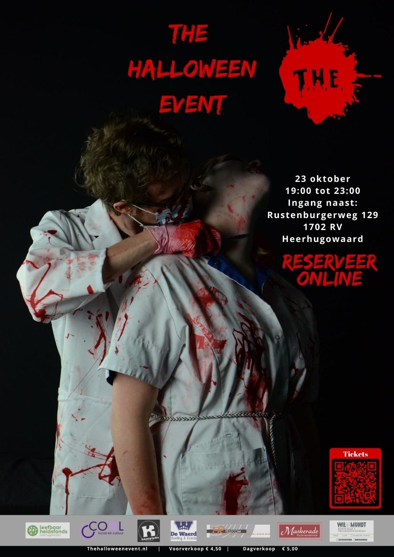 De poster van The Halloween Event met twee vrijwilligers die verkleed zijn en de belangrijke informatie van het evenement zelf. (Foto: Martijn Allon) © rodi