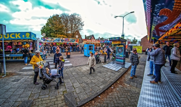 <p>Vorig jaar werd door corona het feest opzij gezet, Dat betekende deze ronde dubbel genieten van attracties en het feestgedruis. </p>