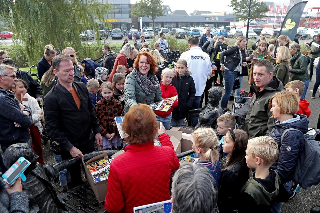 Een officieel moment voor de start van de Jumbo Actie Topsportsterren Sparen in Schagen. (Foto: vincentdevriesfoto.nl) © rodi