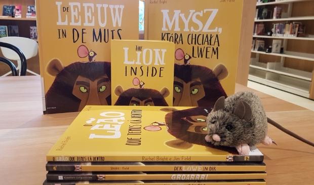 <p>Het boek &#39;De leeuw in de muis&#39; van Rachel Bright.</p>