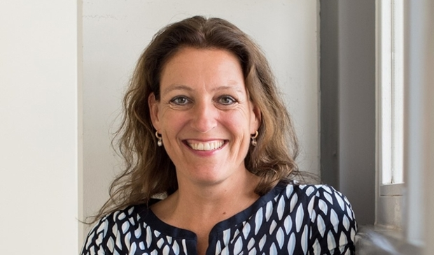 <p>Ilse de Vries uit Wervershoof is programmamanager in het Dijklander Ziekenhuis en lid van de PR-commissie van Stichting Leergeld.&nbsp;</p>