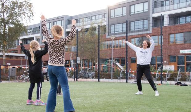 """<p pstyle=""""PLAT"""">Sport-en cultuurclinics op Cruyff Court Daalmeer.</p>"""