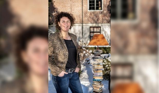 <p>Milet Verberne is dit jaar een van de drie kanshebbers voor Beste Bibliotheekspecialist 2021. </p>