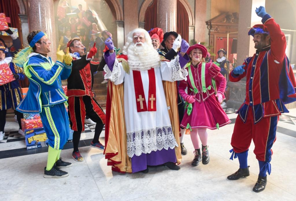 <p>De Grote Sinterklaasfilm Trammelant in Spanje is deels opgenomen in De Rijp.</p>