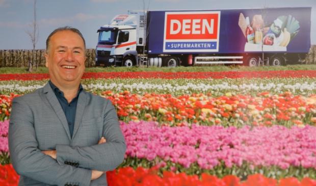 <p>Leendert van Eck, directeur van DEEN op zijn kantoor in Hoorn.</p>