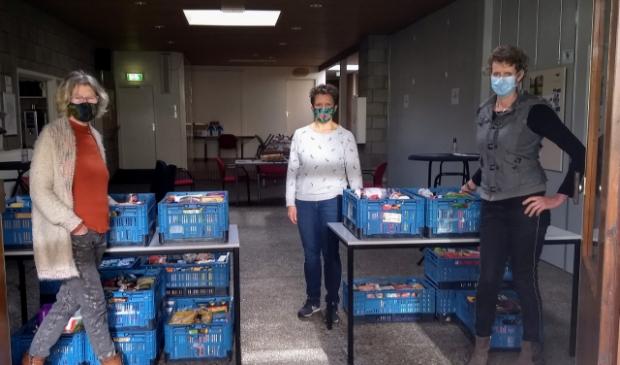 <p>De vrijwilligers van de Voedselbank zijn blij met de grote opbrengst van de actie.&nbsp;</p>