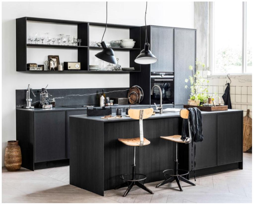 Keukentrend 2021: Zwarte keuken. (Foto: Mandemakers) © rodi