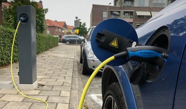 <p>Gemeente Uitgeest hoeft, net als andere gemeenten in Noord-Holland, geen eigen bijdrage meer te betalen voor de plaatsing van openbare laadpalen. </p>
