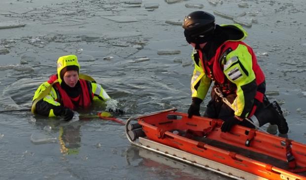<p>Het was een druk weekend voor het ijsreddingteam van KNRM Marken.&nbsp;</p>