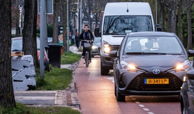 <p>De situatie op de Sloterweg tijdens de spits.</p>