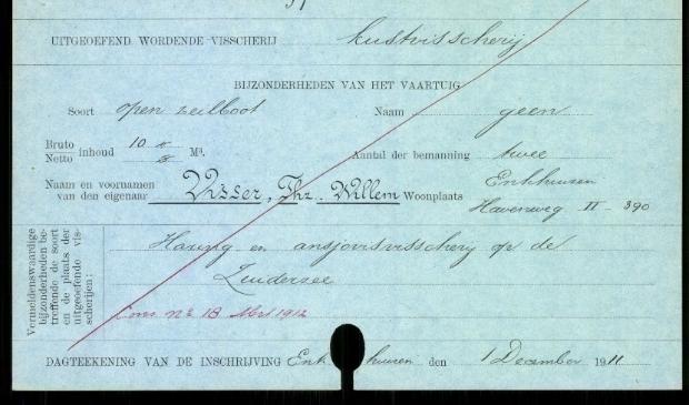 <p>Registratiekaart uit 1911 van het scheepje de EH 97 van Willem Visser uit Enkhuizen.</p> <p>Foto: Aangeleverd</p> © rodi