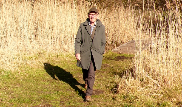 <p>John Jansen van Galen op een van zijn wandeltochten.</p>