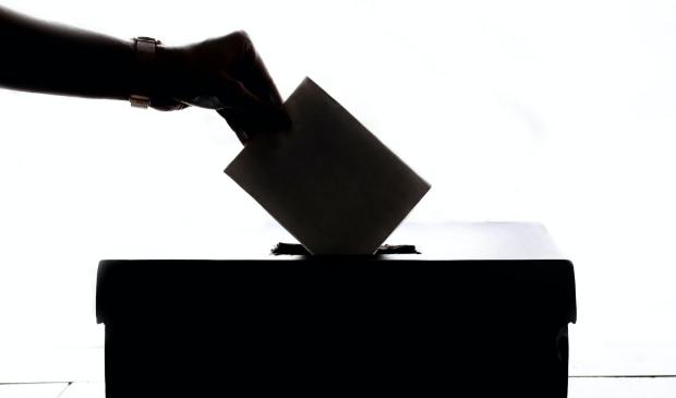 <p>Breng uw stem uit</p>