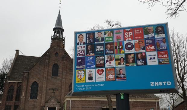 <p>De bekende blauwe reclameborden kom je weer overal in de Zaanstreek tegen.&nbsp;</p>