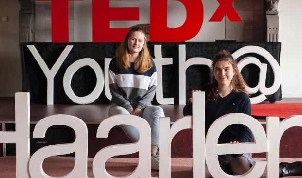 <p>Op donderdag 8 april van 13:00 tot 14:45 uur organiseren Annemijn en Maxe de TedxYouth@Haarlem 2021.</p>