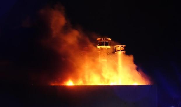<p>In de nacht van donderdag op vrijdag hevige brand bij visbedrijf, letsel gewonde onbekend.</p>