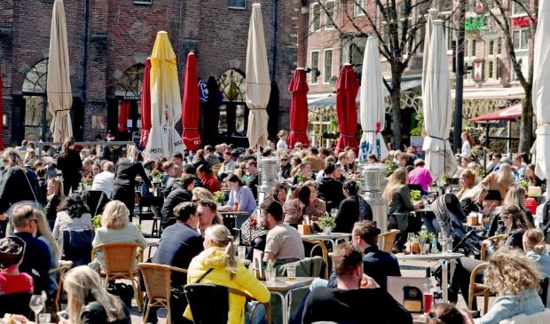 <p>Vol terras in Alkmaar.</p>