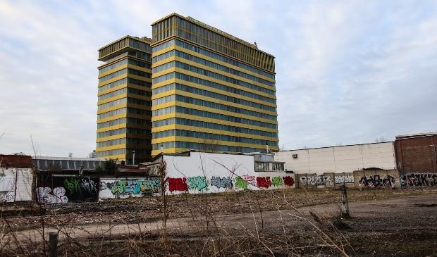 <p>Hotel met tuin, Holiday Inn Express Amsterdam - North Riverside, Motorkade.</p>