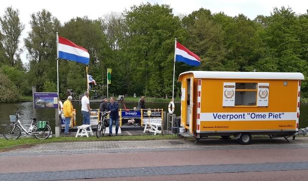 <p>Pontje Ome Piet is sinds 17 april weer in de vaart.</p>