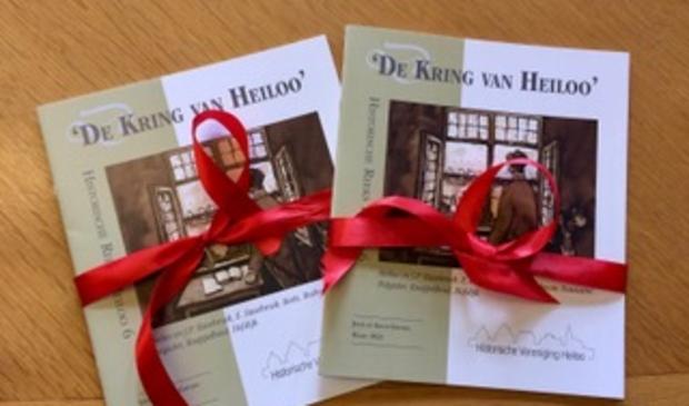 <p>De boekjes klaar om gepresenteerd te worden.</p> <p>(Foto: Josta de Graaf-Gieltjes)</p> © rodi