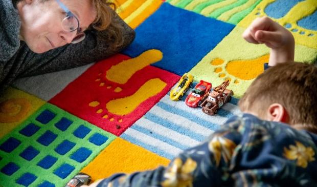 Bij Autismecentrum De Boog is contact maken het uitgangspunt.