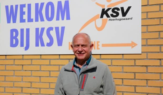 <p>Ton Oosterling, voorzitter van voetbalvereniging KSV: &#39;&#39;KSV is mijn club. Al 35 jaar.&#39;&#39;</p>