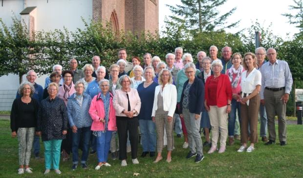 <p>De Gemengde Zangvereniging St. Caecilia uit Langedijk, opgericht op 11 april 1911 had voor komende zondag grootste plannen om het jubileumfeest luister bij te zetten.</p>