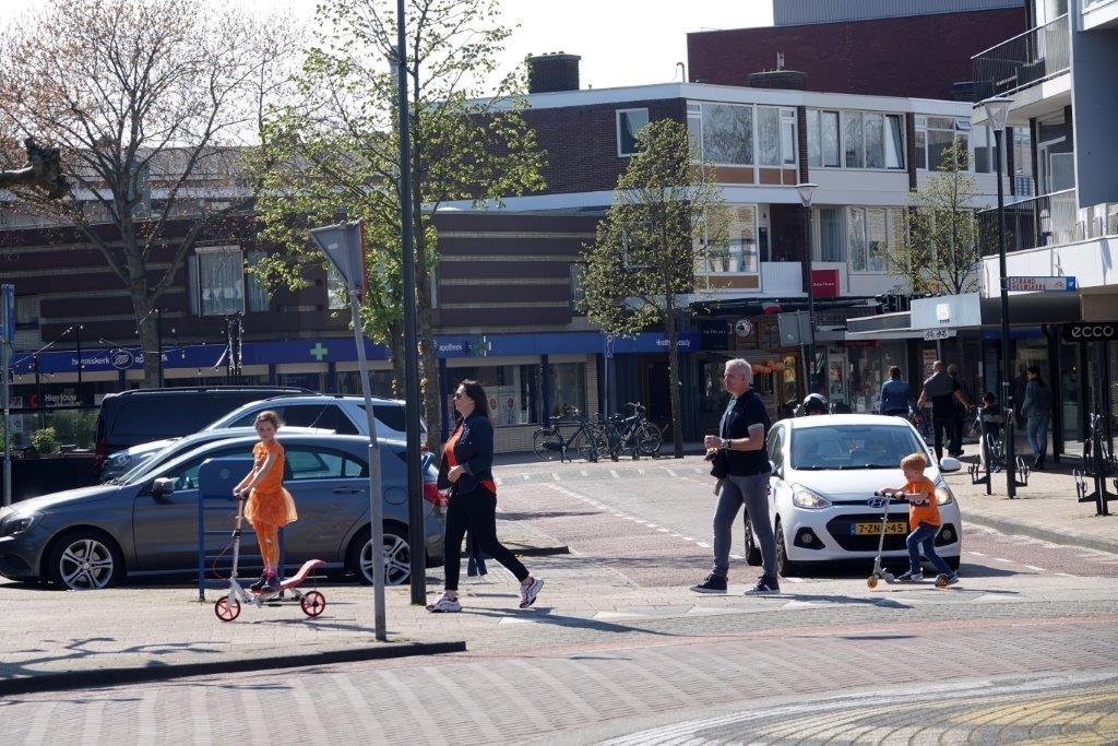 <p>Steppen in centrum Heemskerk.</p> ((Foto: Leo Tillmans)) © rodi