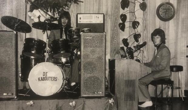 <p>De Kabouters jaren zestig. Cor de Visser (drums) en Jan Kraak.</p>