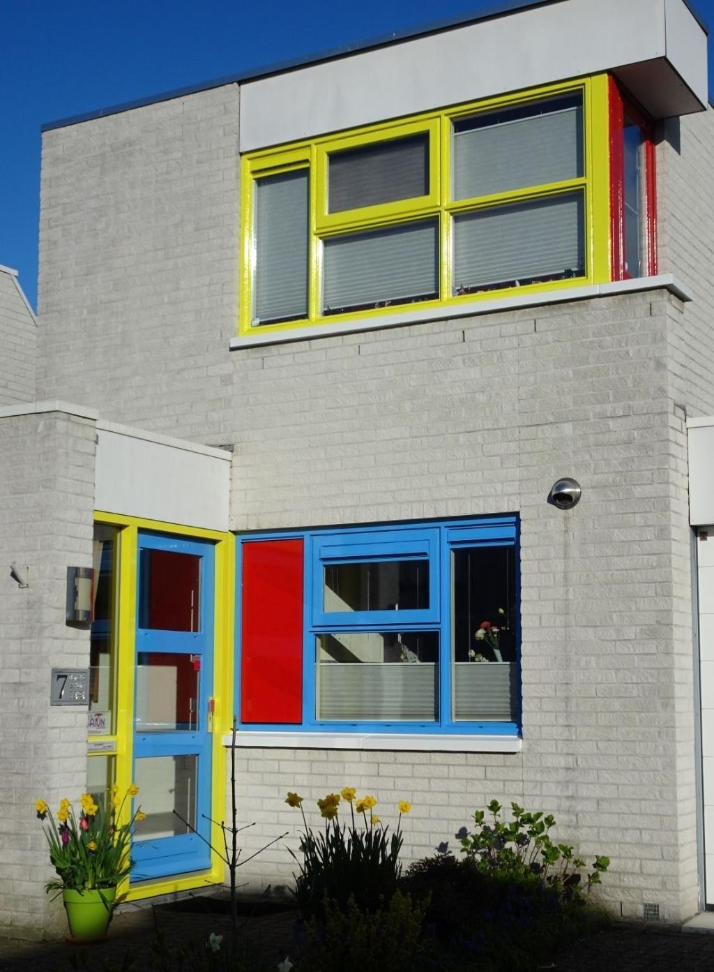 <p>Het Waardse Mondriaanhuis, een kleurrijke verrijking van de buurt.</p> <p>(Foto: Mari&euml;tte Tepe)</p> © rodi