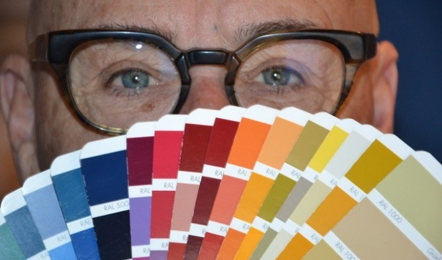 <p>Leo, je zou hem ook kleurenarchitect kunnen noemen.</p>
