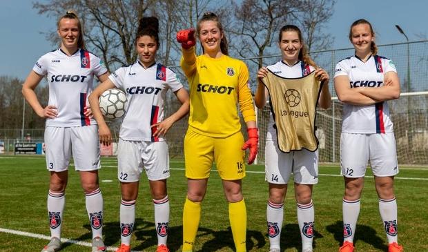 """<p pstyle=""""PLAT"""">Profvoetbalsters van VV Alkmaar zetten zich weer in om geld in te zamelen voor meidenvoetbalprojecten in Brazili&euml; en Nicaragua. </p>"""