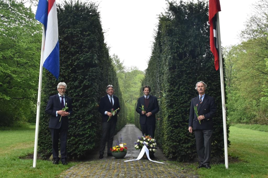 Elk jaar houdt het comité een herdenking bij het Dachau-monument in het Amsterdamse Bos. (Foto: Aangeleverd) © rodi
