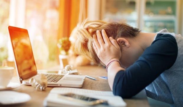 <p>Scholieren Uitgeest eenzamer en meer gestrest.</p>