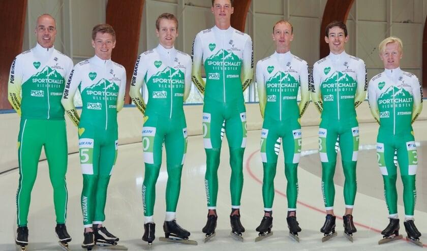 <p>Het team van Sportchalet Viehhofen.</p>