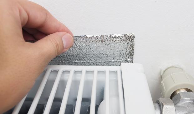 <p>Radiatorfolie helpt op een simpele manier de warmte in het huis te houden.&nbsp;</p>