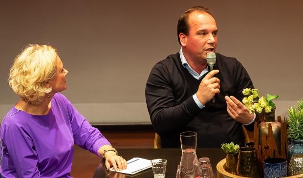 <p>Dennis van Marle tijdens een editie van NV Purmerend in de Purmaryn.</p>