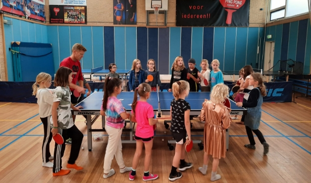 <p>Ping Pong Alkmaar wil meer meiden en dames bij de club.</p>