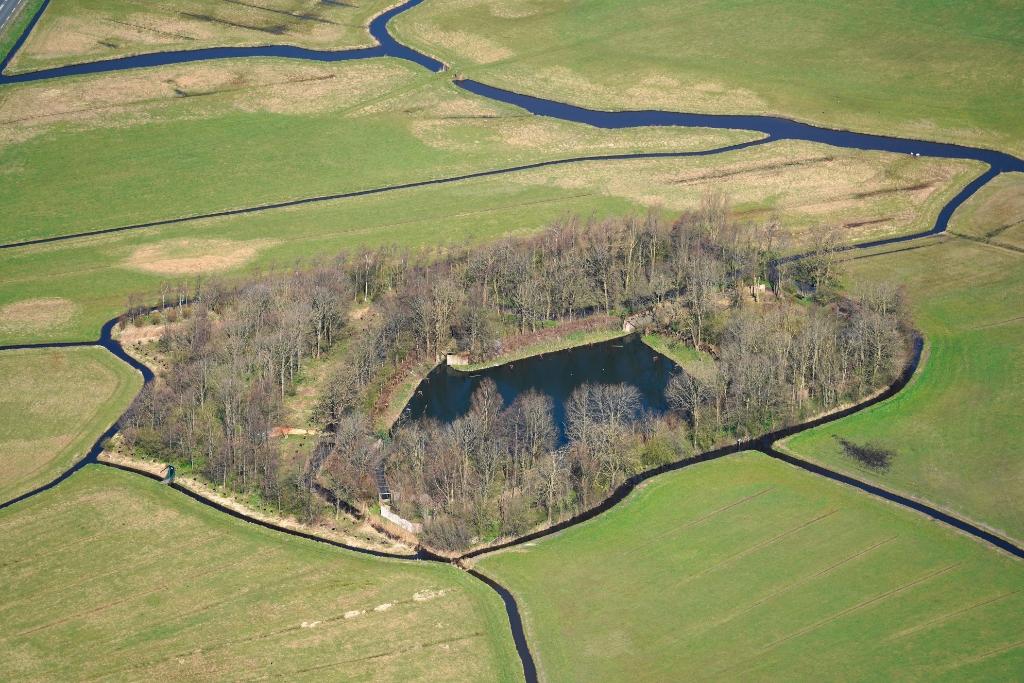 Luchtfoto eendenkooi. (Foto: www.aerovista.nl) © rodi