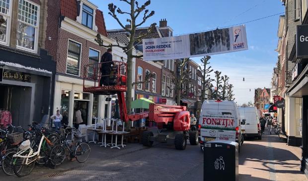 <p>Eerst hingen de banieren (voor elk jaar in vrijheid &eacute;&eacute;n, met daarop foto&rsquo;s en verhalen van Haarlemmers) in het centrum, nu in Centrum Schalkwijk.</p>